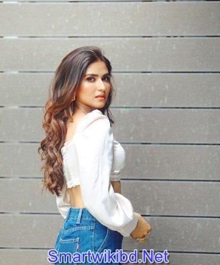 Actress Pranutan Bahl Biography Wiki Bra Size Hot Photos