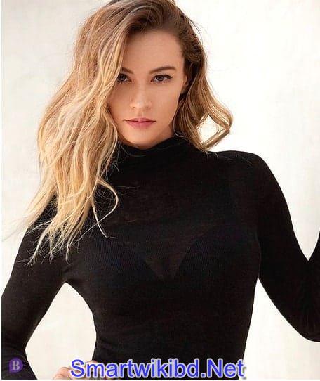 Actress Bryana Holly Biography Wiki Bra Size Hot Photos