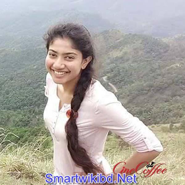 Actress Sai Pallavi Biography Wiki Bra Size Hot Photos 2021-2022