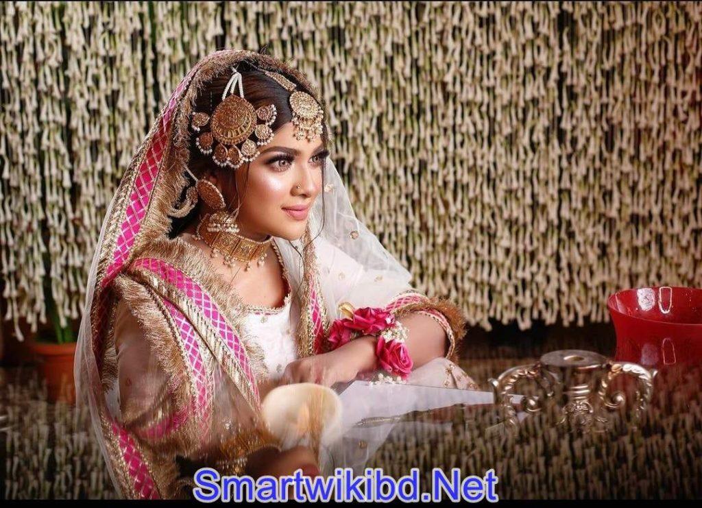 Actress Sarika Sabah Biography Wiki Bra Size Hot Photos