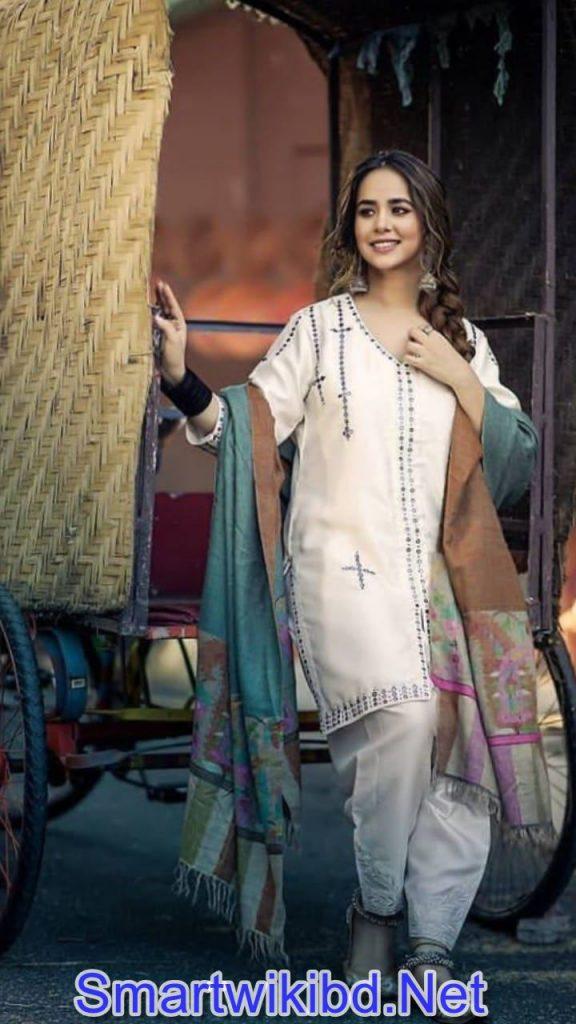 Actress Sunanda Sharma Biography Wiki Bra Size Hot Photos 2021