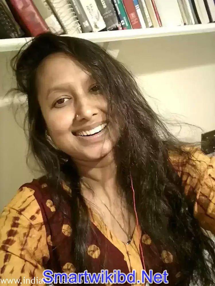 Indian Kolkata Bengali Teen Girl Nusrat Jahan Juicy Big Boobs Nude