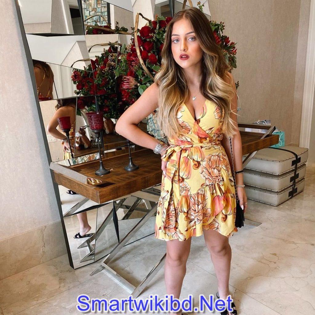 Instagram Star Maria Clara Pavanelli Biography Wiki Bra Size Hot Photos