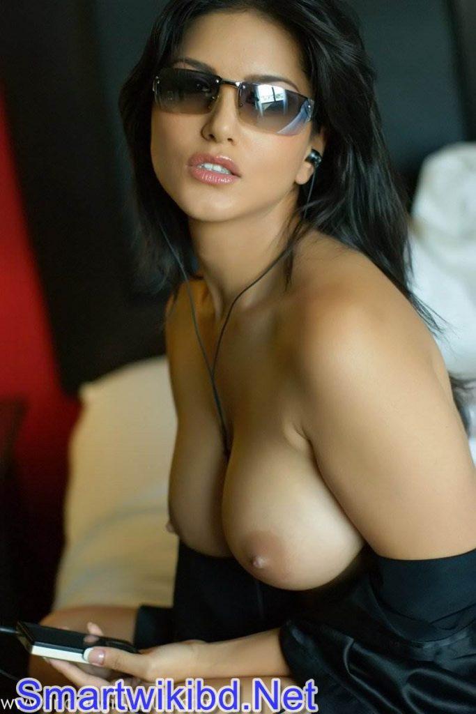 Sunny Leone Naked In Her Mumbai Apartment 2021 Leaked