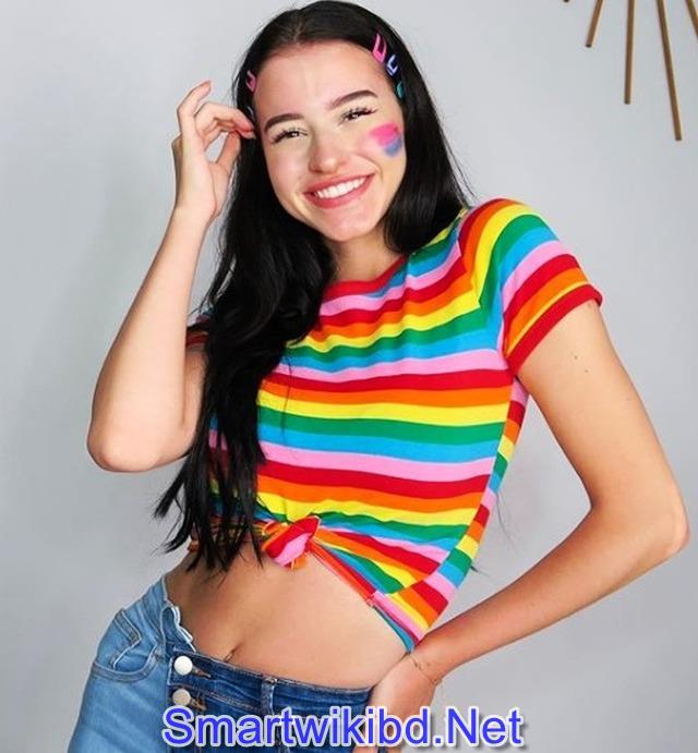 TikTok Star Lea Elui Ginet Biography Wiki Bra Size Hot Photos