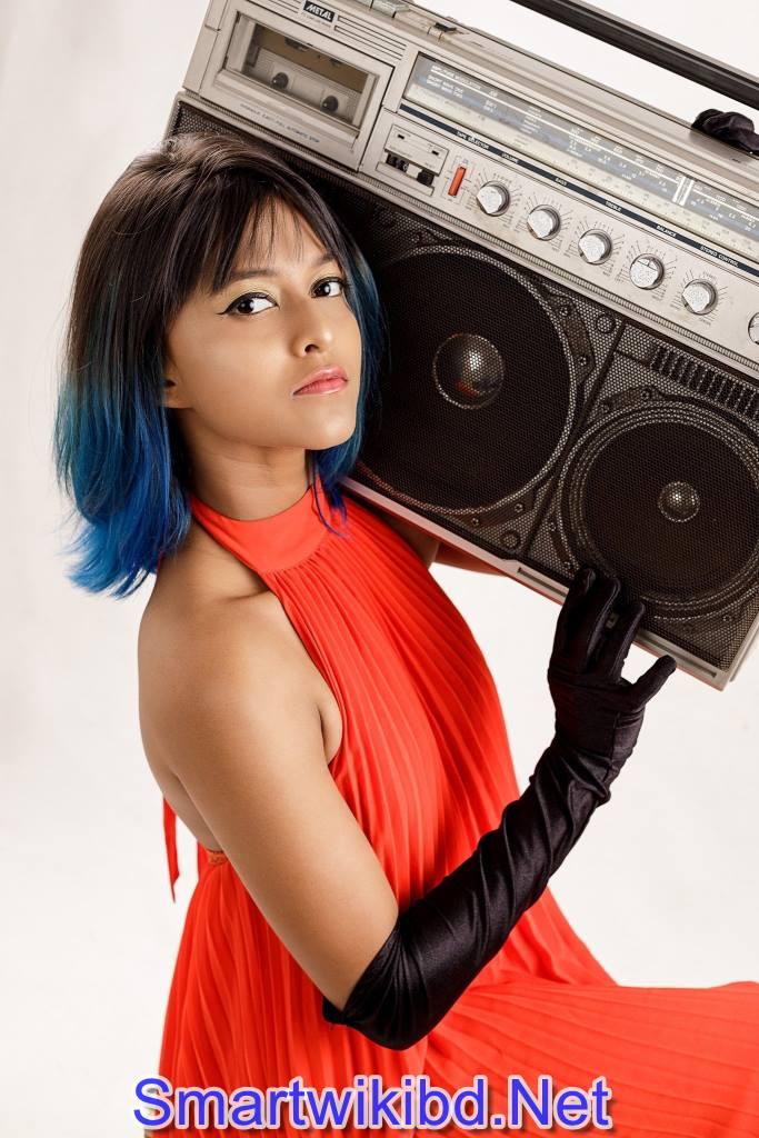 Rap Singer Yohani De Silva Biography Wiki Bra Size Hot Photos 2021-2022