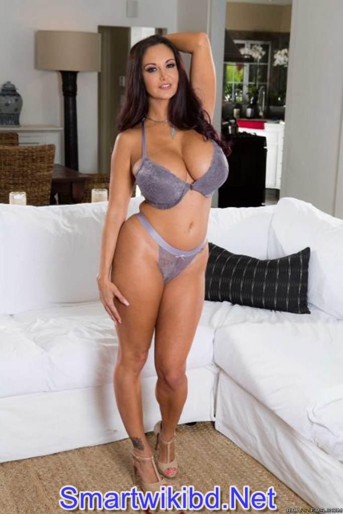Top 25 Hottest OnlyFans Pornstars In 2021-2022