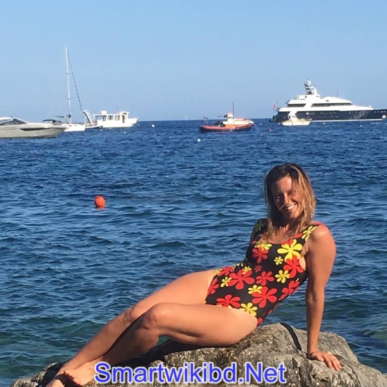 Actress Anemone Valcke Biography Wiki Bra Size Hot Photos 2021