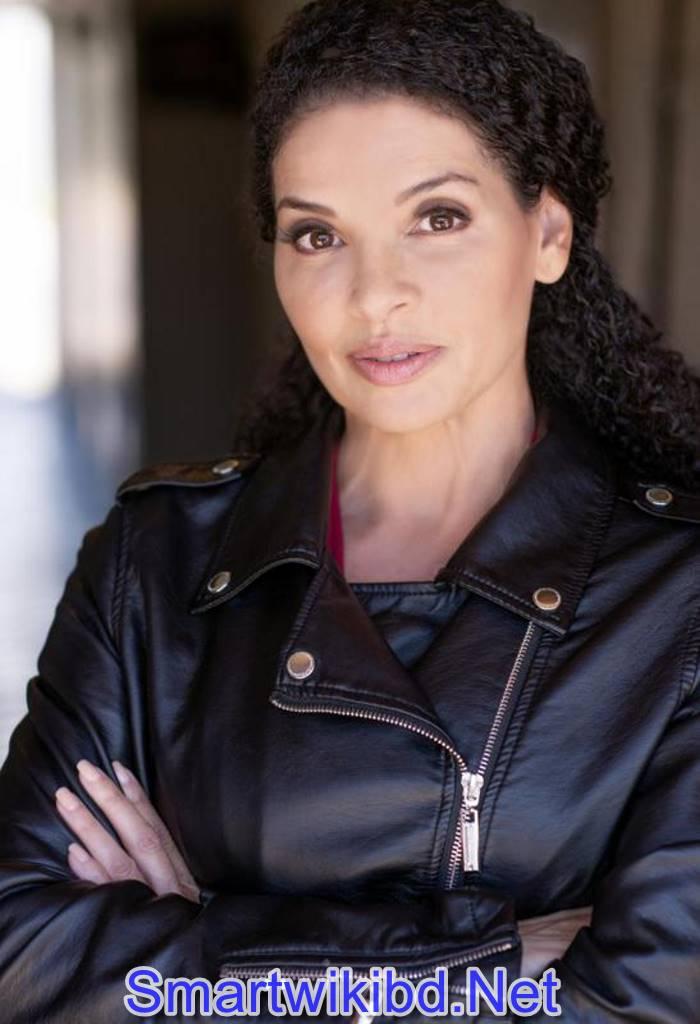 Actress Lana Wohl Biography Wiki Bra Size Hot Photos 2021-2022