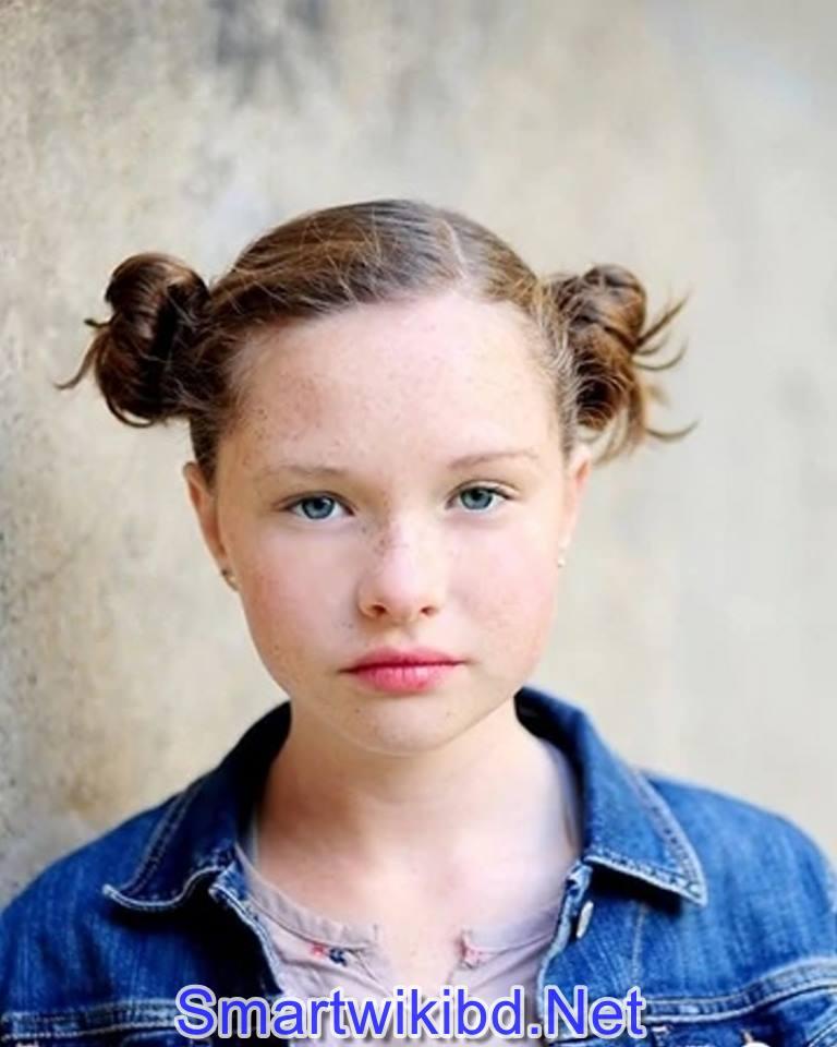 Actress Zoe Colletti Biography Wiki Bra Size Hot Photos 2021