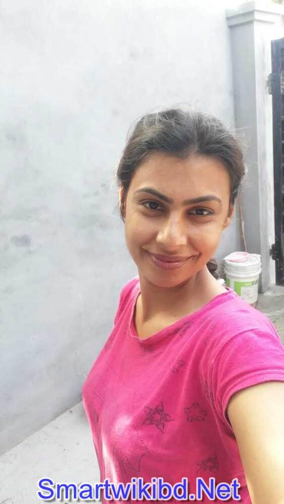 Indian Garments Girl Banita Sandhu Nude Big Boobs Sex Photos Leaked 2021