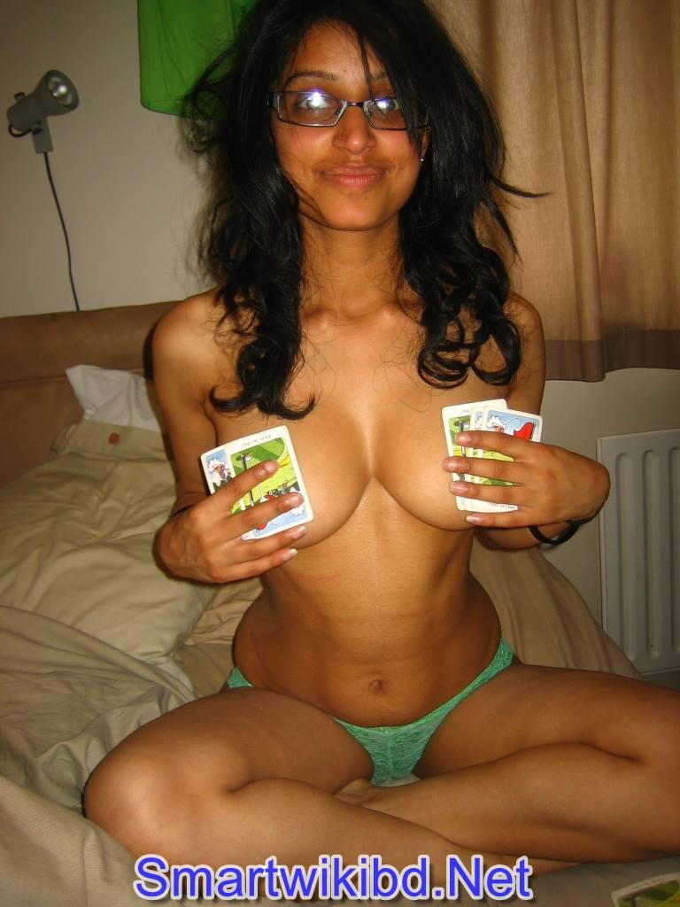 Indian Girl Deepika Padukone Nude Big Boobs Sex Photos Leaked 2021