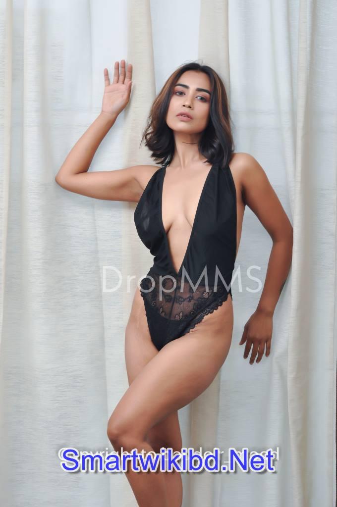 OnlyFans Indian Sex Pornstar Boudoir Mood MOITRI Patreon Nude Photos Leaked 2021
