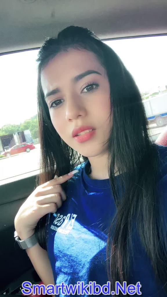 TikTok Star Fernanda Martinez Biography Wiki Bra Size Hot Photos 2021-2022