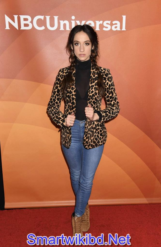Actress Stella Maeve Biography Wiki Bra Size Hot Photos 2021